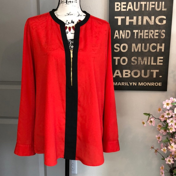 Calvin Klein Tops - 💕Beautiful Red & Black Calvin Klein Blouse💕
